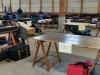 Das Materialdepot war coronakonform eingerichtet. Pro Gruppe stand ein zugewiesener Tisch zur Verfügung.